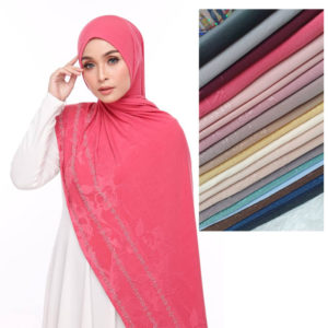 Spendex-Diamond-Ironles--Chiffon-Shawl